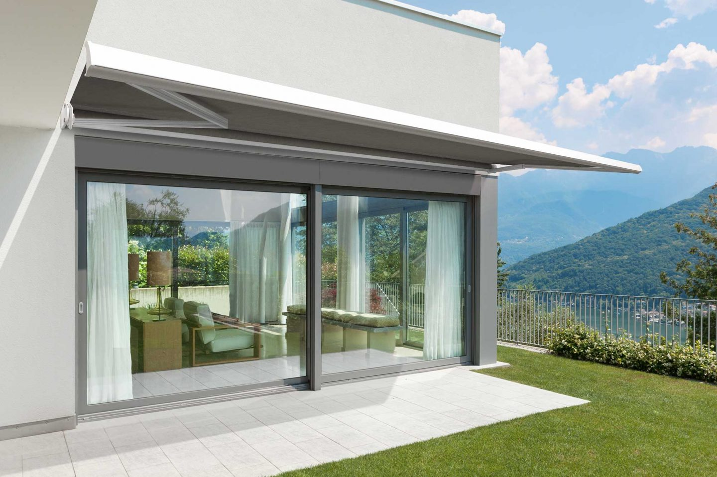 We create versatile, beautiful outdoor spaces that connect seamlessly to homes and gardens, while providing shelter from the elements. As innovators of outdoor-living solutions in New Zealand for many years, Shade Elements has become an industry leader of awnings, screens and retractable pergolas. Our products respond to our unique environment and help New Zealanders to enjoy and enhance the courtyards, sheltered retreats and outdoor rooms that have become part of our country's contemporary design. Shade Elements' spaces are harmonious spaces in which to relax and entertain. As market leaders, we source the best, most innovative products from around the world – including Japan, France, Spain and Australia – to provide quality solutions with longevity in mind.